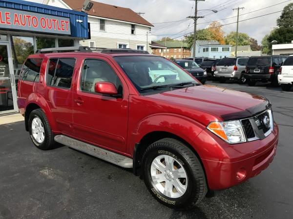 2005 NISSAN PATHFINDER LE 4X4---CLEAN CARFAX!!!-NEW MICHELIN TIRES!!!