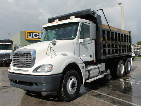 2007 *FREIGHTLINER* *COLUMBIA* - We *Finance* Everyone Approved!
