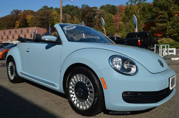 2013 Volkswagen Beetle* 1 OWNER* ONLY 38K MILES* LEATHER* HEATED SEATS