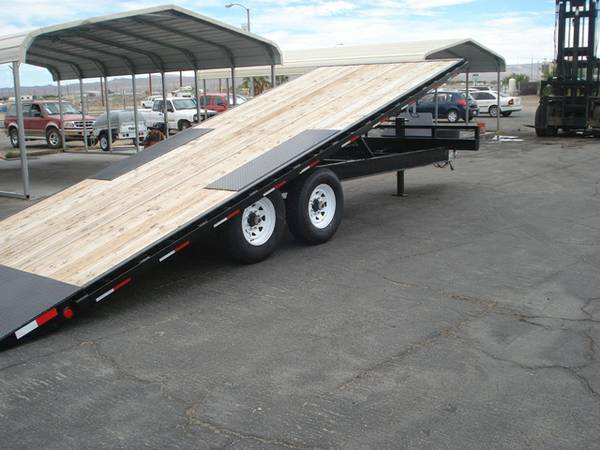 Tiltbed Equipment Trailer, Deckover Tiltbed Trailer, PJ Trailers T8222