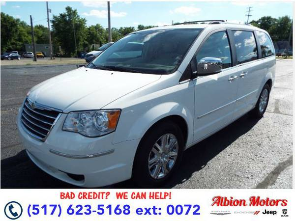 2010 *Chrysler Town & Country* Limited - BAD CREDIT OK!