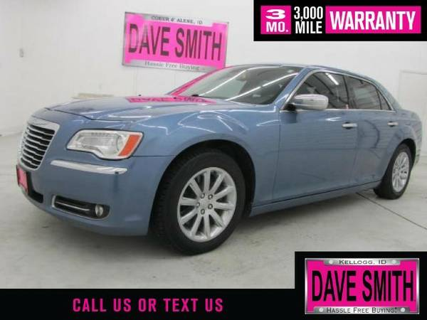 2011 Chrysler 300-Series Base