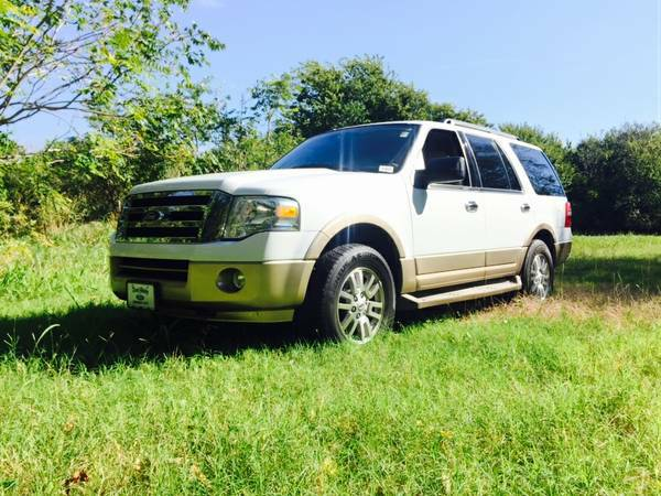 **2011 FORD EXPEDITION XLT!! LEATHER LOADED! CALL JESS @