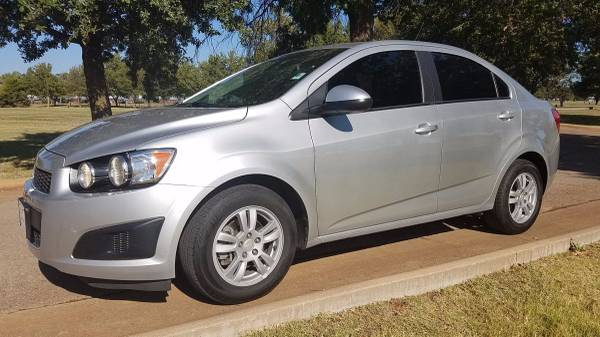 2015 CHEVROLET SONIC AUTOMATIC KEYLESS ENTRY REMOTE START!!!!!!!!!!!!!
