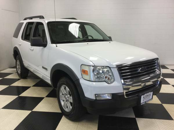 2007 FORD EXPLORER XLT V6 - LOADED - DRIVES LIKE NEW! JUST CAME IN!!!!