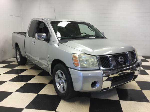 2004 NISSAN TITAN EXTENDED CAB - 5.6L V8 - DRIVES GREAT - GREAT PRICE!