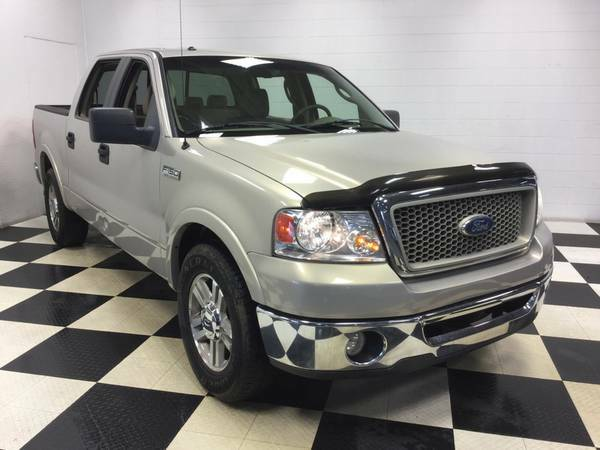 2006 FORD F-150 CREWCAB LARIAT 5.4L V8 - LEATHER LOADED! - LOW MILES!!