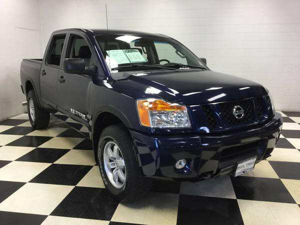 2012 NISSAN TITAN PRO- 4X4 ONLY 24K MILES LOTS OF EXTRAS!!