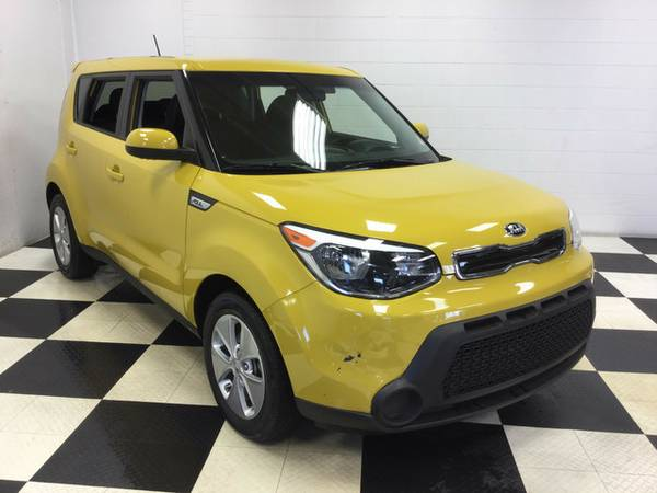 2015 KIA SOUL 30+ MPG ONLY 20K MILES! FUEL SAVER LOTS OF EXTRAS!