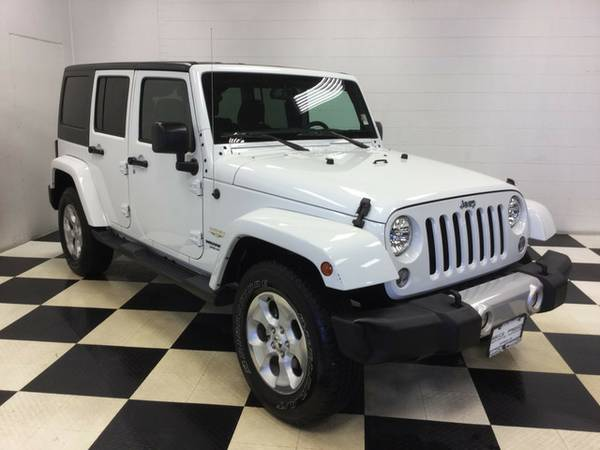 2015 JEEP WRANGLER UNLIMITED SAHARA HARD TOP 4X4 ONLY 11K MILES SPORT
