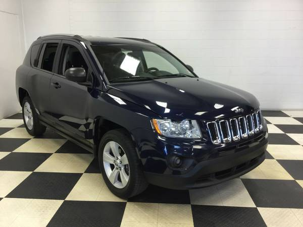 2012 JEEP COMPASS SPORT BACK UP CAMERA 4X4 STICK SHIFT!