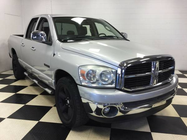 2008 DODGE RAM 1500 SLT V8 QUAD CAB CUSTOM WHEELS BAD BOY!!
