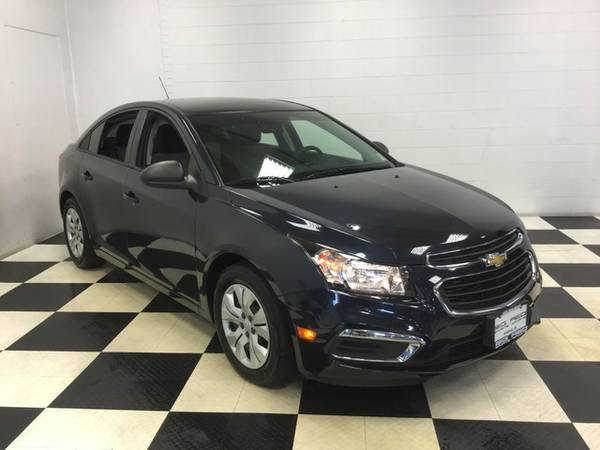 2015 CHEVROLET CRUZE LOW MILES PERFECT IN/OUT! GOTTA SEE!