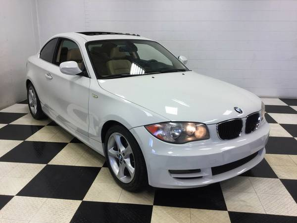 2011 BMW 1 SERIES 128i LEATHER LOADED MINT CONDITION LOTS OF EXTRAS!!