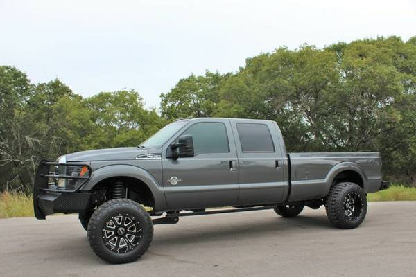 2015 FORD F-350 SUPERDUTY 6.7L POWERSTROKE-4X4-ONLY 44K MI! HEADTURNER