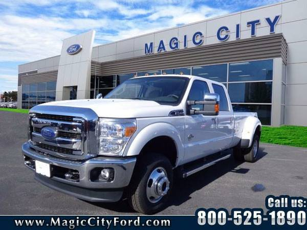 2016 *Ford F-350 Super Duty* Lariat (White Platinum Tri-C)