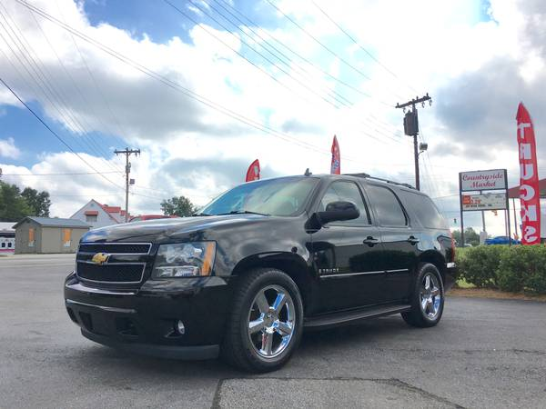 *One Owner 2007 Chevrolet Tahoe LTZ Loaded Clean 4x4 !