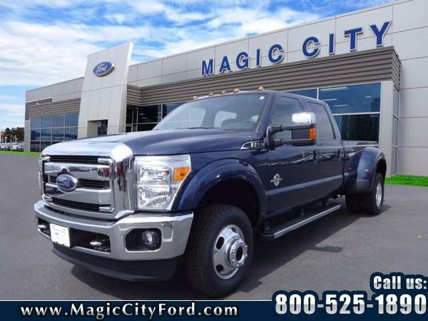 2016 *Ford F-350 Super Duty* Lariat (Blue)
