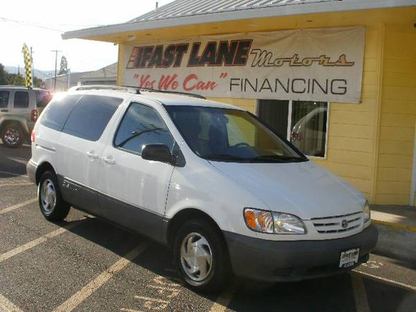 2001 TOYOTA SIENNA LE - HOME OF YES WE CAN FINANCING