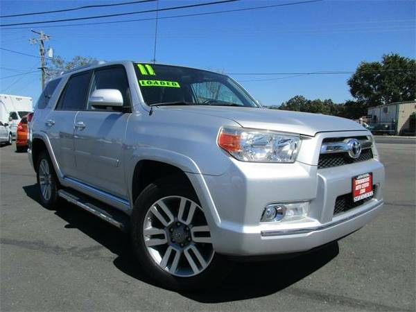 2011 *Toyota 4Runner* Limited V6 - Classic Silver Metallic