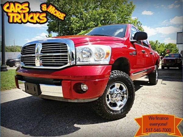 * 2008 Dodge RAM 2500 Mega Cab * Low Mileage !