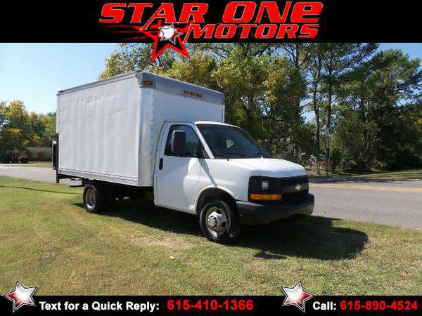 2012 *Chevrolet* *Express* *Cutaway* G3500 ** Guaranteed Financing**