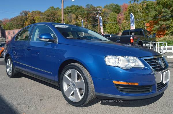 2008 Volkswagen Passat*LEATHER* SUNROOF * HEATED SEATS