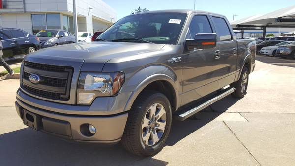 2013 Ford F-150 FX2 Sport, 5.0L V-8, Back up camera