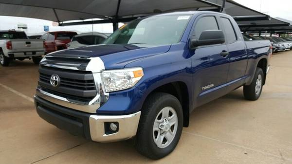 2015 Toyota Tundra SR5! Clean Carfax 1-owner! Low miles!
