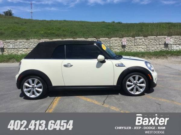 2011 MINI Cooper S Base Convertible 1113