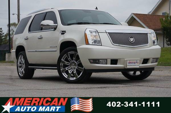 2007 CADILLAC ESCALADE AWD**NAV**PWR ROOF**REAR ENT**3RD SEAT**LEATHER