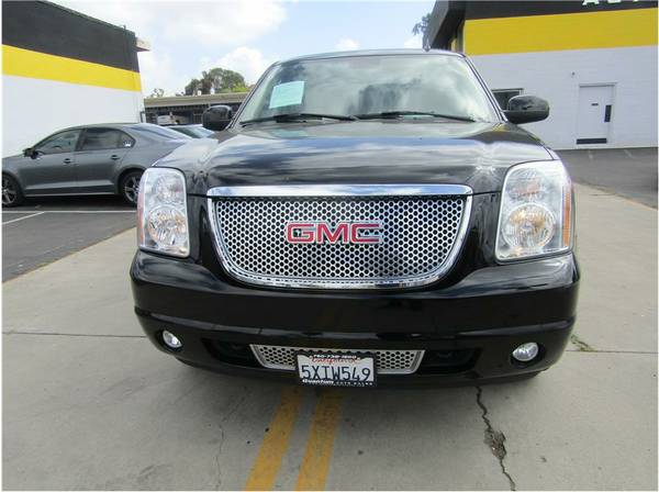 YUKON DENALI! FINANCE ALL OR NO CREDIT ! WALK IN & DRIVE OUT ! CALL NO