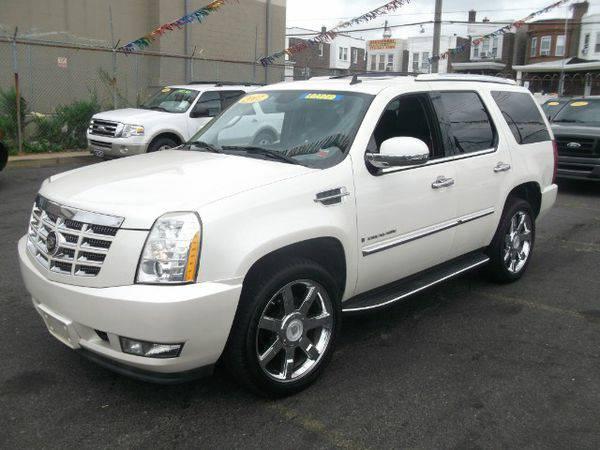 2007 *Cadillac* *Escalade* -🚗 🏃