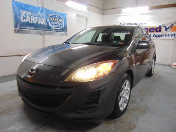 Mazda 3 i Sport Everyone Approved Your Job is Your Credit !!!