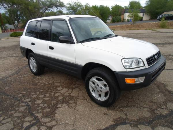 1998 TOYOTA RAV-4**AUTOMATIC**CLEAN TITLE**