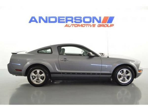 2007 *Ford Mustang*