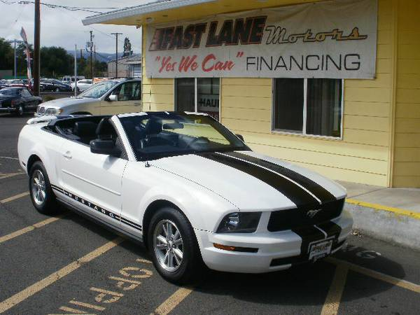 2006 FORD MUSTANG CONVERTIBLE - HOME OF YES WE CAN FINANCING