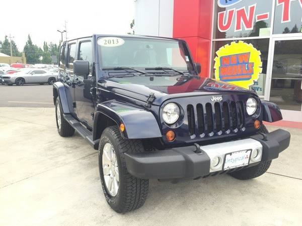 2013 *Jeep* *Wrangler* *Unlimited Sahara* 4D Sport Utility