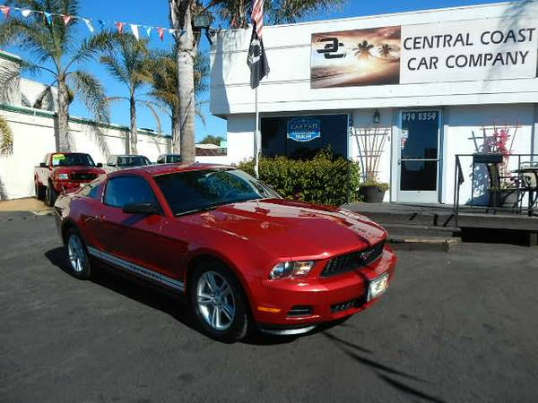 2010 FORD MUSTANG COUPE! LOW MILES PRICE TO SELL!!