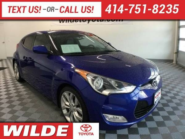 2012 Hyundai Veloster 3dr Cpe Auto w/Black Int Hatchback Veloster...