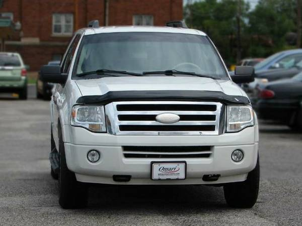 2008 Ford Expedition 4WD . Low Financing rates! As low as $600 down.