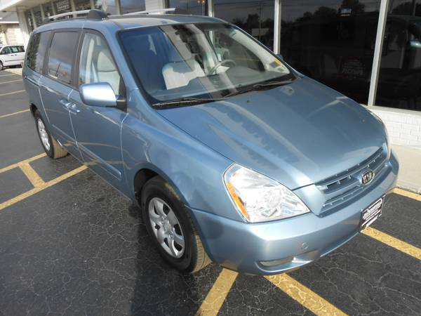 2008 Kia Sedona 1 OWNER! 0 ACCIDENTS! UNBELIEVABLY LOW MILES! MUST SEE
