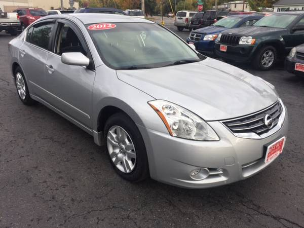 2012 NISSAN ALTIMA 2.5S LIKE NEW! WE FINANCE EVERYONE! GUARANTEED