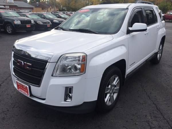 2010 GMC TERRAIN SLE2 AWD! DVD! LOW MILES! GUARANTEED AUTO LOANS!!!!