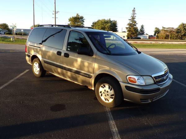 2001 Chevrolet Venture LS 4dr Extended Mini-Van