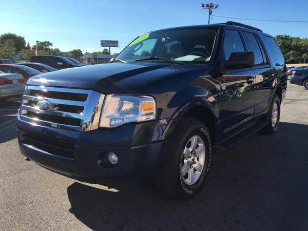 2009 *Ford* *Expedition* XLT 4x4 4dr SUV