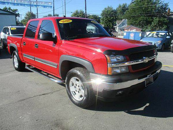 2005 *Chevrolet* *Silverado* *1500* Z71 Crew Cab 4WD *$499 Down Drives