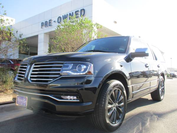 2015 LINCOLN NAVIGATOR SUV / ONLY 11,000 MILES / LOCAL TRADE IN !!!!!!