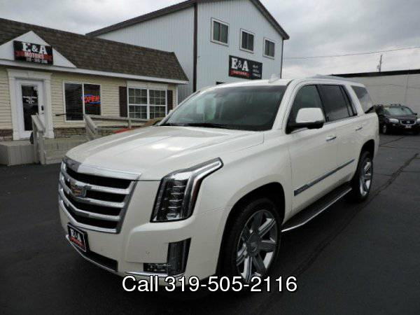 2015 Cadillac Escalade *Only 9K like new*