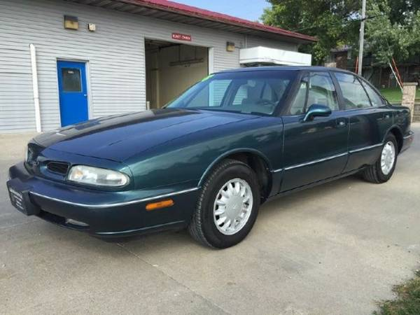 1998 OLDSMOBILE 88 BASE *Guaranteed Credit Approval *SAVE THOUSANDS*